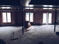 unfinished-basement-of-a-new-house_t20_OzjwaE